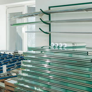Glass Supplier & Manufacturers Heaton Moor